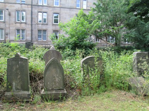 dalry graves 8